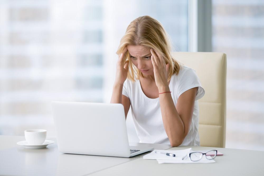 cauze acnee stres